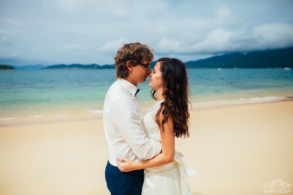 Afterwedding photography honeymoon Vietnam