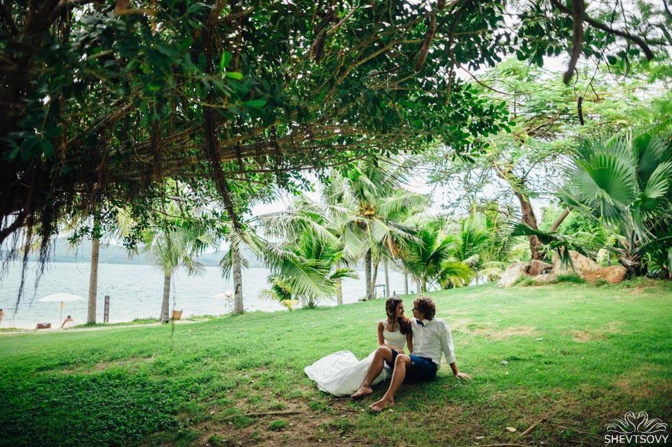 photoshoot on exotic island