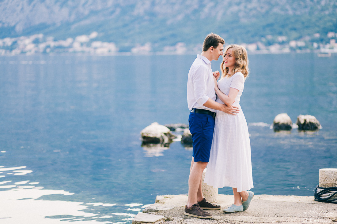 engagement-photographer-montenegro-kotor-italy-lake-como-lugano10
