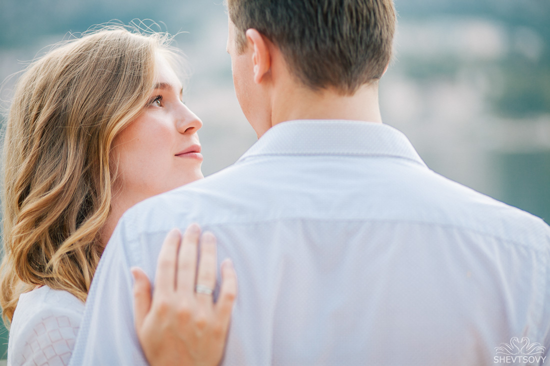engagement-photographer-montenegro-kotor-italy-lake-como-lugano22