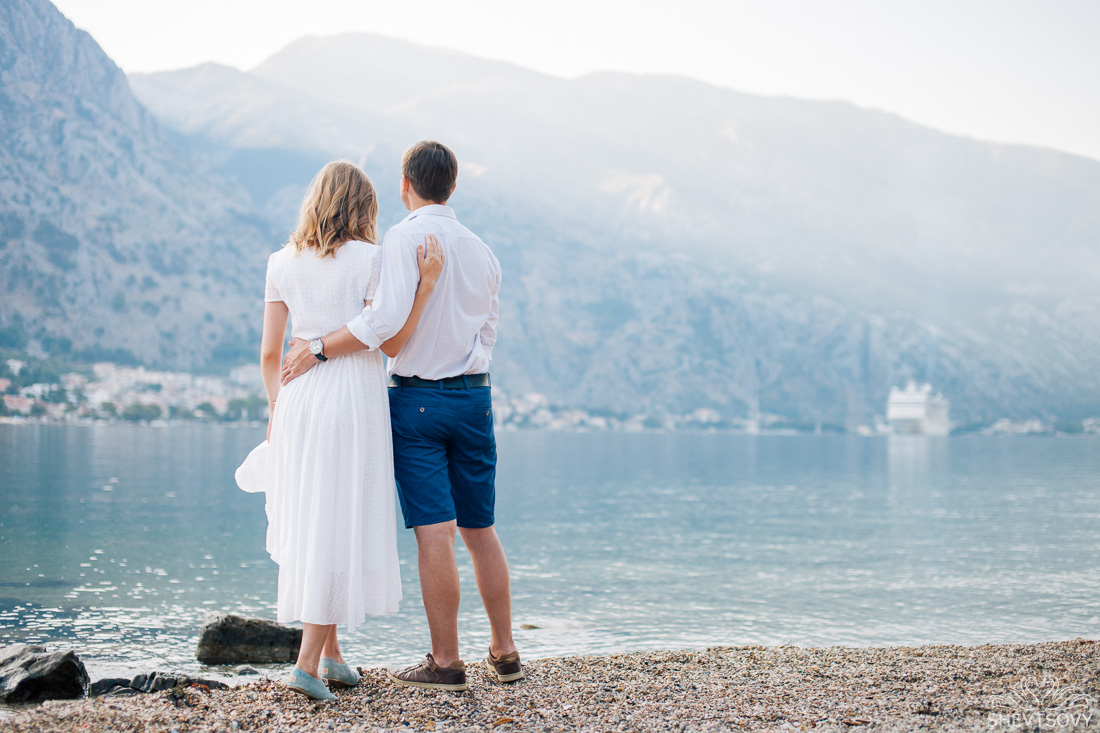 engagement-photographer-montenegro-kotor-italy-lake-como-lugano24