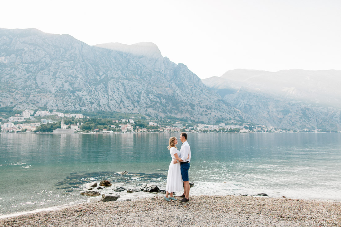 engagement-photographer-montenegro-kotor-italy-lake-como-lugano25