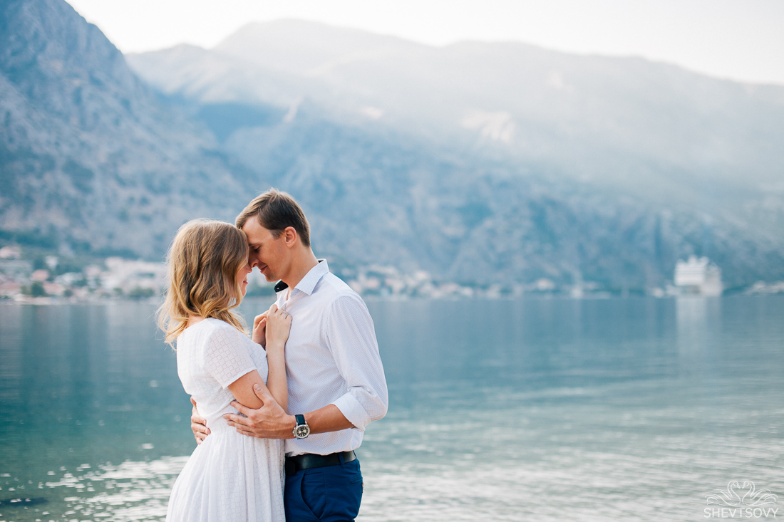 engagement-photographer-montenegro-kotor-italy-lake-como-lugano26