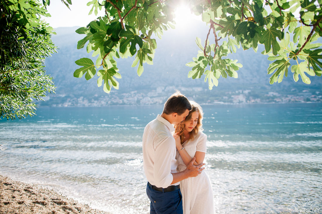 engagement-photographer-montenegro-kotor-italy-lake-como-lugano31