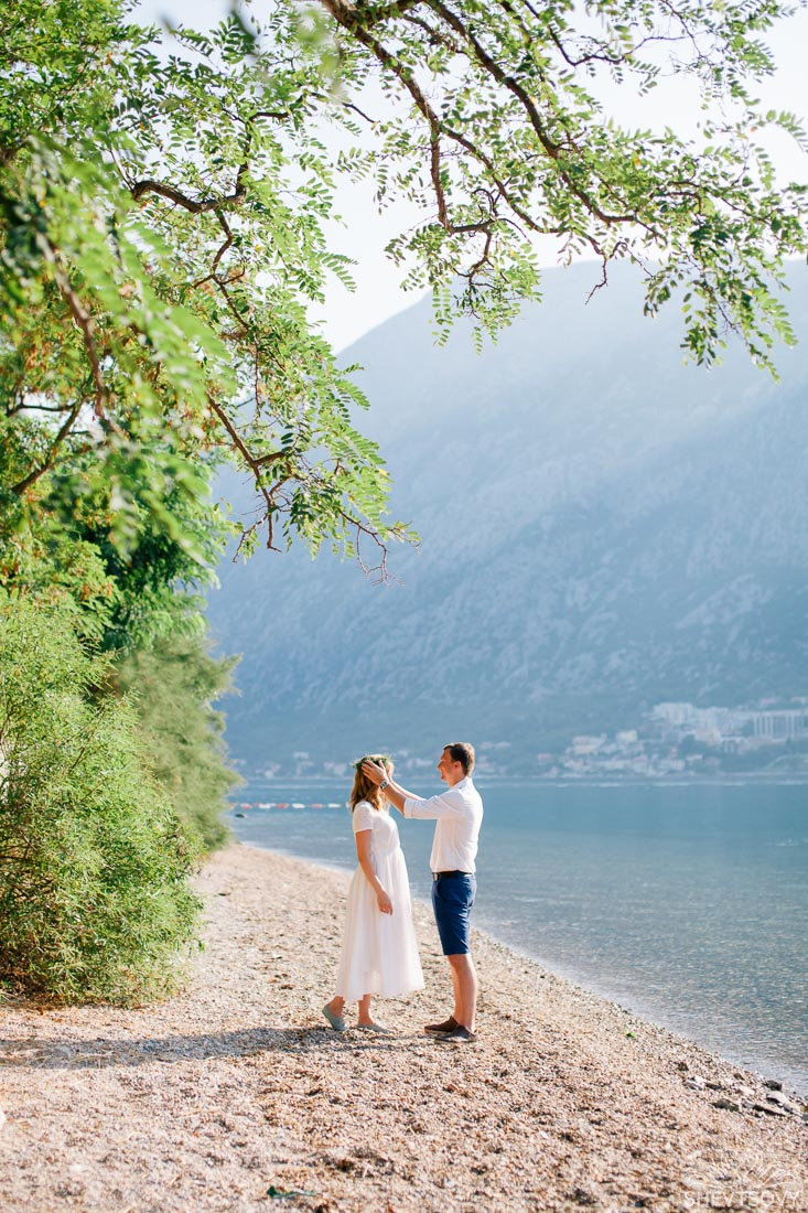 engagement-photographer-montenegro-kotor-italy-lake-como-lugano35