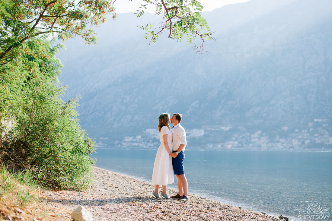 engagement-photographer-montenegro-kotor-italy-lake-como-lugano36
