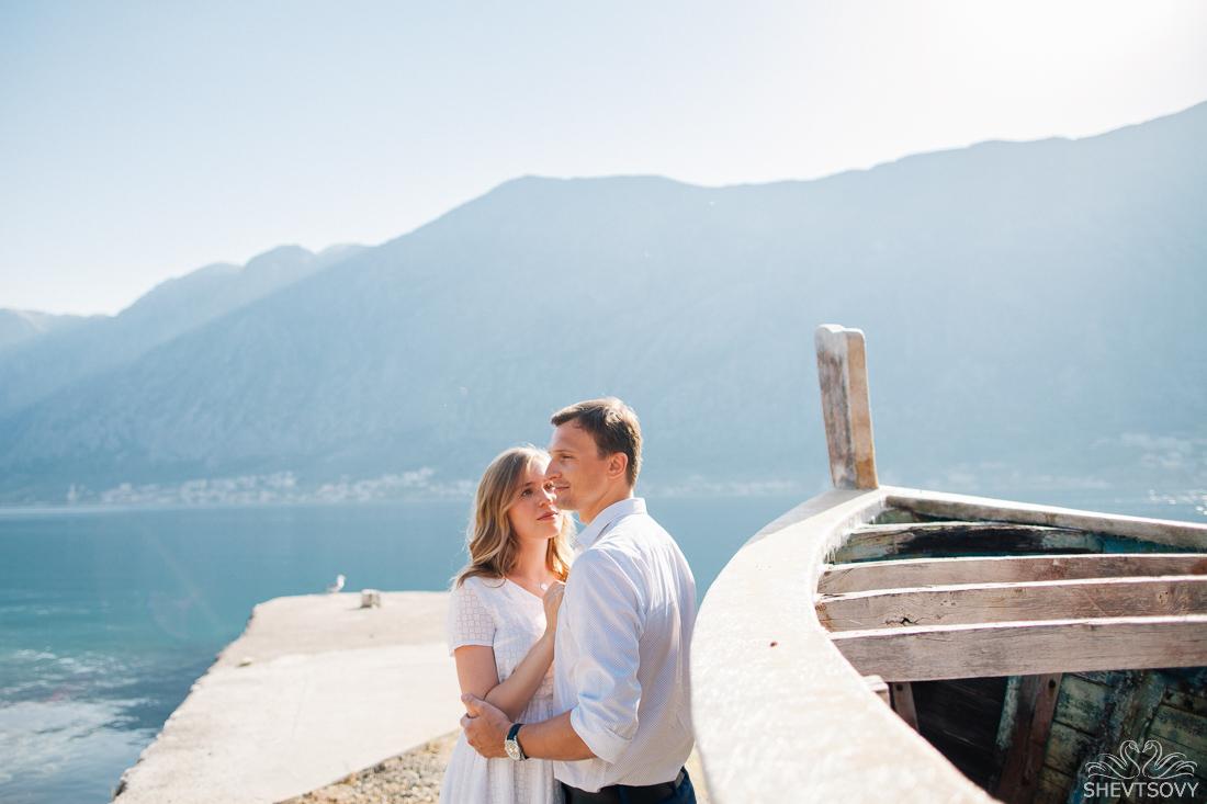 engagement-photographer-montenegro-kotor-italy-lake-como-lugano49