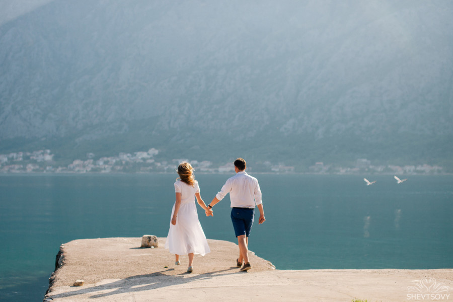 engagement photographer montenegro kotor italy lake como lugano