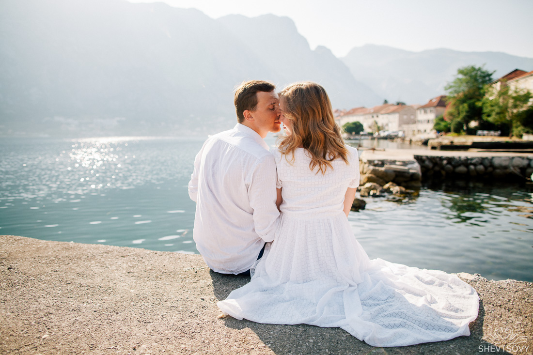 engagement-photographer-montenegro-kotor-italy-lake-como-lugano53