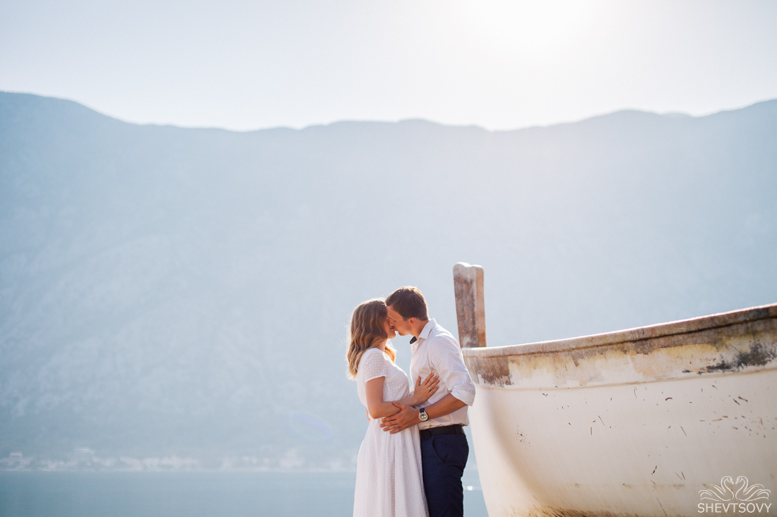 engagement-photographer-montenegro-kotor-italy-lake-como-lugano57
